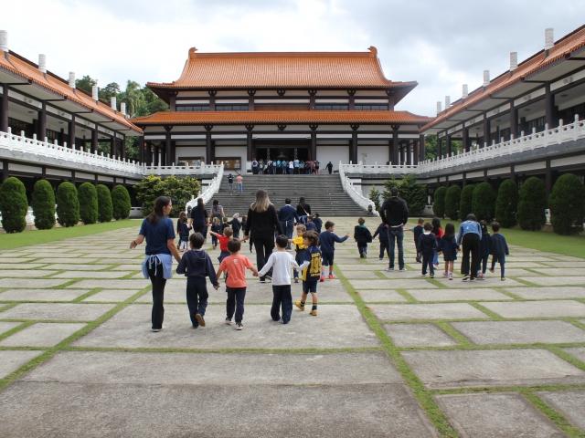 Educação Infantil visita o Templo Zu Lai